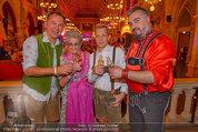 Almdudler Trachtenpärchenball - Rathaus - Fr 19.09.2014 - Oliver POCHER, Lotte TOBISCH,Gerhard SCHILLING,Georgij MAKAZARIA186