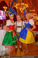 Almdudler Trachtenpärchenball - Rathaus - Fr 19.09.2014 - Oliver POCHER mit Dirndln198