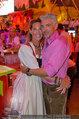 Almdudler Trachtenpärchenball - Rathaus - Fr 19.09.2014 - Kathi (oder Gabi?) STUMPF mit Begleitung218
