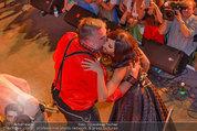 Almdudler Trachtenpärchenball - Rathaus - Fr 19.09.2014 - Conchita WURST, RUSSKAJA276