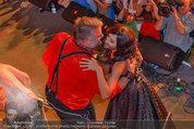 Almdudler Trachtenpärchenball - Rathaus - Fr 19.09.2014 - Conchita WURST, RUSSKAJA277