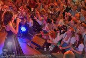 Almdudler Trachtenpärchenball - Rathaus - Fr 19.09.2014 - Conchita WURST live on Stage, Konzertfoto280