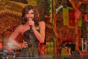Almdudler Trachtenpärchenball - Rathaus - Fr 19.09.2014 - Conchita WURST live on Stage, Konzertfoto288