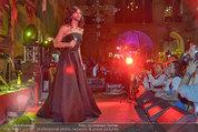 Almdudler Trachtenpärchenball - Rathaus - Fr 19.09.2014 - Conchita WURST live on Stage, Konzertfoto289