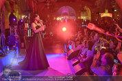 Almdudler Trachtenpärchenball - Rathaus - Fr 19.09.2014 - Conchita WURST live on Stage, Konzertfoto293