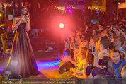 Almdudler Trachtenpärchenball - Rathaus - Fr 19.09.2014 - Conchita WURST live on Stage, Konzertfoto303