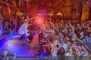 Almdudler Trachtenpärchenball - Rathaus - Fr 19.09.2014 - Conchita WURST live on Stage, Konzertfoto304