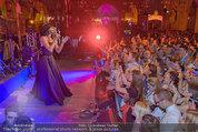 Almdudler Trachtenpärchenball - Rathaus - Fr 19.09.2014 - Conchita WURST live on Stage, Konzertfoto306