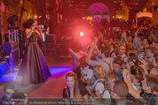 Almdudler Trachtenpärchenball - Rathaus - Fr 19.09.2014 - Conchita WURST live on Stage, Konzertfoto307