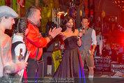 Almdudler Trachtenpärchenball - Rathaus - Fr 19.09.2014 - Conchita WURST, RUSSKAJA B�hnenfoto309
