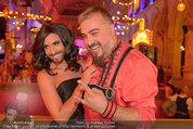 Almdudler Trachtenpärchenball - Rathaus - Fr 19.09.2014 - Conchita WURST, Georgij MAKAZARIA (RUSSKAJA)316