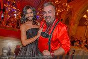 Almdudler Trachtenpärchenball - Rathaus - Fr 19.09.2014 - Conchita WURST, Georgij MAKAZARIA (RUSSKAJA)317