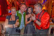 Almdudler Trachtenpärchenball - Rathaus - Fr 19.09.2014 - Conchita WURST, Georgij (RUSSKAJA), Gerhard SCHILLING, M. KLEIN321