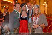 Almdudler Trachtenpärchenball - Rathaus - Fr 19.09.2014 - Christian RAINER, Nadja BERNHARD, Doris und Gabor ROSE90