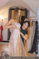 Miss World Einkleidung - LaHong Atelier - Mi 01.10.2014 - Nhut LA HONG, Julia FURDEA15