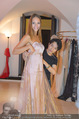 Miss World Einkleidung - LaHong Atelier - Mi 01.10.2014 - Nhut LA HONG, Julia FURDEA16