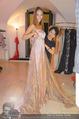 Miss World Einkleidung - LaHong Atelier - Mi 01.10.2014 - Nhut LA HONG, Julia FURDEA17