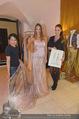 Miss World Einkleidung - LaHong Atelier - Mi 01.10.2014 - Nhut LA HONG, Julia FURDEA, Silvia SCHACHERMAYER (HACKL)21