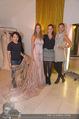 Miss World Einkleidung - LaHong Atelier - Mi 01.10.2014 - Nhut LA HONG, Julia FURDEA, Silvia SCHACHERMAYER, T. DUHOVICH27
