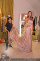 Miss World Einkleidung - LaHong Atelier - Mi 01.10.2014 - Nhut LA HONG, Julia FURDEA28