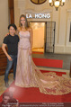 Miss World Einkleidung - LaHong Atelier - Mi 01.10.2014 - Nhut LA HONG, Julia FURDEA31