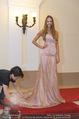 Miss World Einkleidung - LaHong Atelier - Mi 01.10.2014 - Nhut LA HONG, Julia FURDEA40