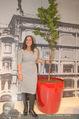 135 Jahresfeier - Gerngross - Do 02.10.2014 - Maria VASSILAKOU mit Baum90