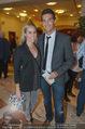 Appsolute Haider Premiere - Theater Akzent - Fr 03.10.2014 - Norbert OBERHAUSER mit Ehefrau Sarah4
