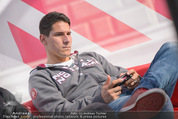 Game City - Rathaus - Fr 10.10.2014 - Helge PAYER159