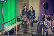 Fashion CheckIn - Le Meridien - Fr 10.10.2014 - C&A Modenschau39