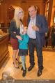 Wolfgang Fellner 60er - Park Hyatt Hotel - Mo 13.10.2014 - Richard und Cathy LUGNER mit Tochter Leonie22