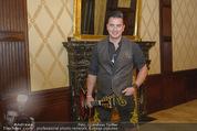 Wolfgang Fellner 60er - Park Hyatt Hotel - Mo 13.10.2014 - Andreas GABALIER backstage34