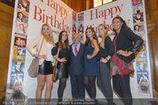 Wolfgang Fellner 60er - Park Hyatt Hotel - Mo 13.10.2014 - Wolfgang FELLNER mit Missen (BATINIC, DUHOVICH, KAISER, HACKL..)49
