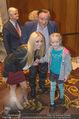 Wolfgang Fellner 60er - Park Hyatt Hotel - Mo 13.10.2014 - Richard und Cathy LUGNER mit Tochter Leonie8