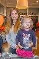 Null Promille Party - Herr und Frau Klein - Di 14.10.2014 - Martina KAISER mit Tochter Kiana17