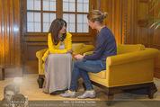 PK zur Look! Gala - Park Hyatt Hotel - Do 16.10.2014 - Sabina JAMES wird interviewt von Alexandra STROH47