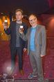 Kinopremiere - Village Cinema - Do 16.10.2014 - Sebastian BEZZEL, Simon SCH'WARZ mit Freibier28
