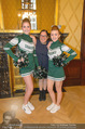 Rot Kreuz Ball PK - Park Hyatt - Mi 29.10.2014 - Maria HAPPEL mit Cheerleaders16