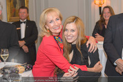 20 Jahre Dentalklinik Sievering - Hotel Bristol - Fr 07.11.2014 - Isabell WEINMANN mit Tante und Taufpatin Dagmar KOLLER27