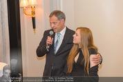 20 Jahre Dentalklinik Sievering - Hotel Bristol - Fr 07.11.2014 - Ernst WEINMANN mit Tochter Isabell33