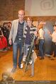 Winter Saison Openin - Nora Pure Sports - Sa 08.11.2014 - Michael WALCHHOFER mit Gewinnerin 1. Preis131