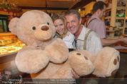 Tierquartier Charity - Schreiberhaus - Sa 08.11.2014 - Poldi HUBER und Tochter Jenny, Wendy NIGHT mit Teddyb�r1