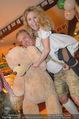 Tierquartier Charity - Schreiberhaus - Sa 08.11.2014 - Poldi HUBER und Tochter Jenny, Wendy NIGHT mit Teddyb�r2