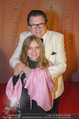 Ronald McDonald Kinderhilfe Gala - Marx Halle - Fr 14.11.2014 - Michael SCHADE mit Lisbeth51