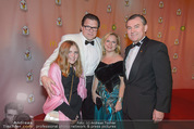 Ronald McDonald Kinderhilfe Gala - Marx Halle - Fr 14.11.2014 - Michael SCHADE mit Lisbeth, Toni M�RWALD mit Ehefrau Eva61