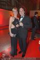 Ronald McDonald Kinderhilfe Gala - Marx Halle - Fr 14.11.2014 - Rainer SCH�NFELDER mit Freundin Manuela62