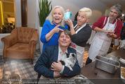 Promi Keksbacken - Parkhotel Schönbrunn - Di 02.12.2014 - Brigitte KREN, Christian SPATZEK, Jazz GITTI59