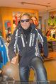 Snow Mobile Tag 2 - Saalbach - Sa 06.12.2014 - Dieter BOHLEN beim Shoppen104