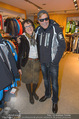 Snow Mobile Tag 2 - Saalbach - Sa 06.12.2014 - Dieter BOHLEN beim Shoppen113