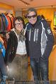 Snow Mobile Tag 2 - Saalbach - Sa 06.12.2014 - Dieter BOHLEN beim Shoppen114